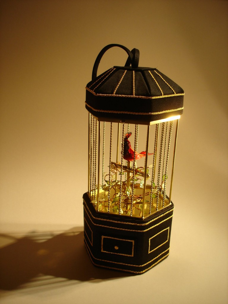 Lulu Bird cage Bag